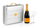 VEUVE CLICQUOT BRUT 750 ML SUITCASE COLLECTION C/2 TACAS